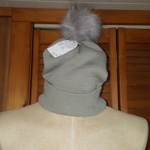 NWT Rue21 Gray Winter Hat